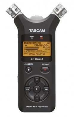 TASCAM DR-07 mk2 - digitaler Audiorekorder (c) TASCAM
