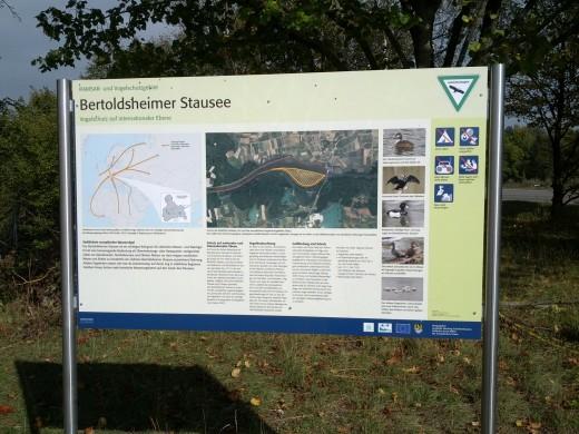 Vogelschutz - Infotafel am Bertoldsheimer Stausee