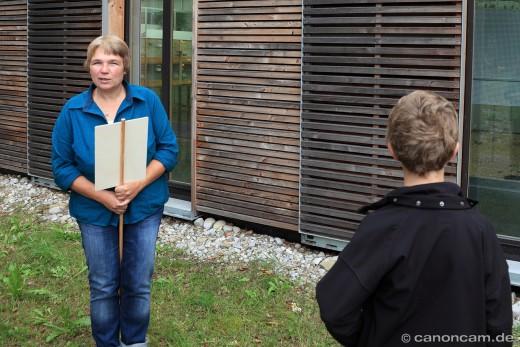 Dr. Barbara Wörle berichtet über die Tierhaltung