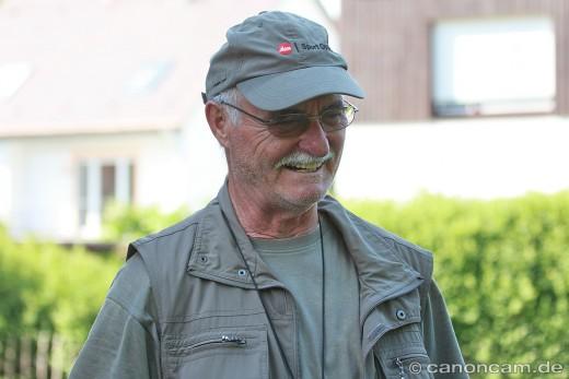 Werner Borok informiert über die Wanderfalken